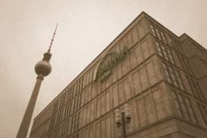 Alexanderplatz w czasach NRD - Galeria Kaufhof